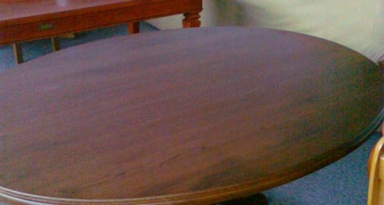 Stół dębowy, owalny